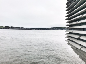 V&A museum Dundee River Tay view